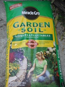 Fertilized Potting Soil